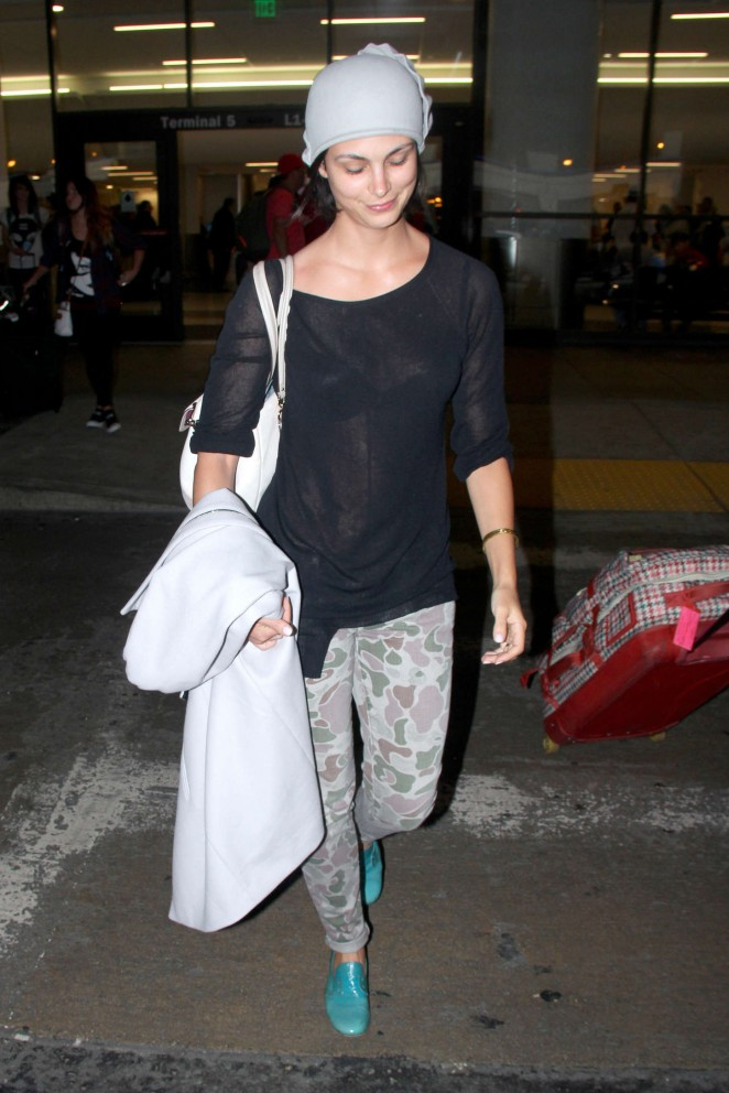 Morena Baccarin - LAX Airport in LA