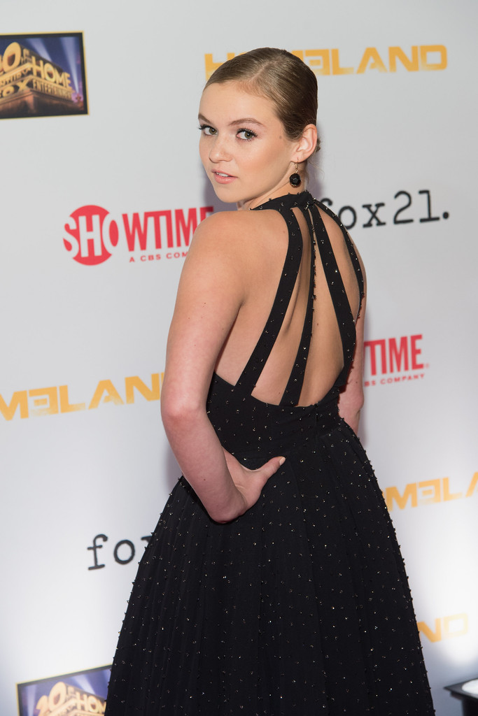 Morgan Saylor In Black Dress 03 Gotceleb