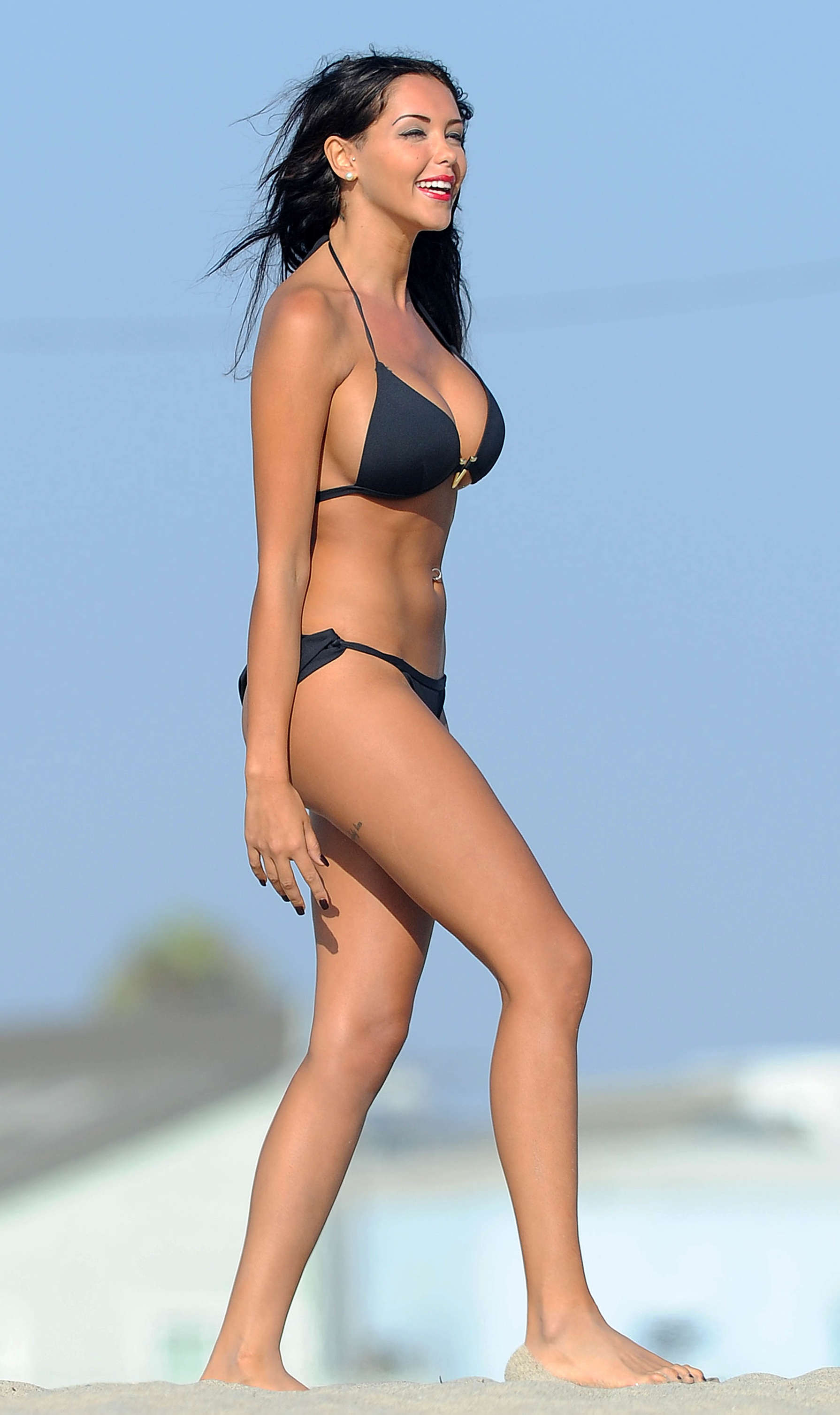 Nabilla-Benattia-Bikini-Photos-in-LA-32.