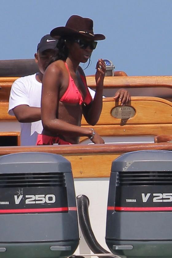 Naomi Campbell Bikini Pics: 2014 in Kenya -13