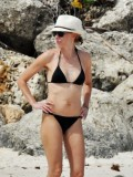 naomi-watts-in-a-black-bikini-on-the-beach-in-barbados-12