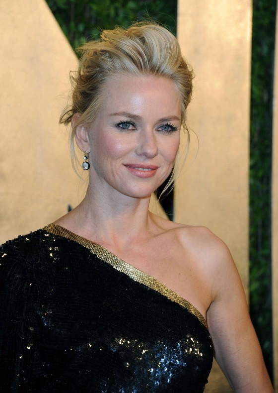 Naomi Watts – Oscar 2013 – Vanity Fair Party -05