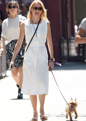 Naomi Watts - Out walking her dog in Manhattan