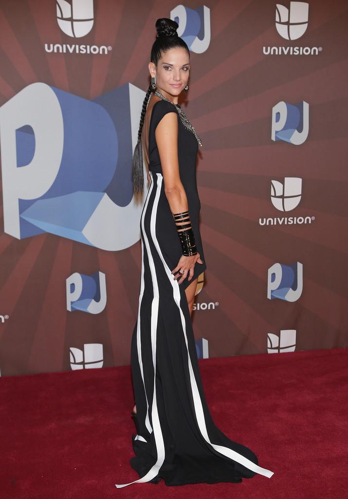 Promoción 'Creo en mi' (actuaciones, apariciones en Revistas, TV, etc.) - Página 2 Natalia-Jimenez:-Premios-Juventud-Awards-2014--09