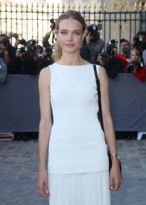 Natalia Vodianova - Christian Dior Fashion Show in Paris