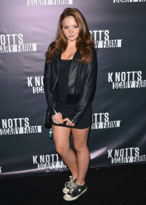 Natalie Alyn Lind - Knott's Scary Farm Opening Night in Buena Park