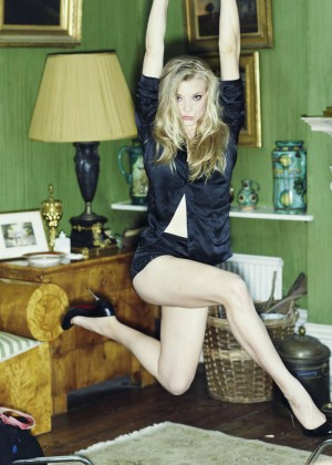 Natalie Dormer - FHM UK Magazine (October 2014)