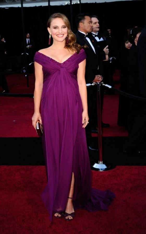 natalie-portman-2011-oscar-awards-arrival-10