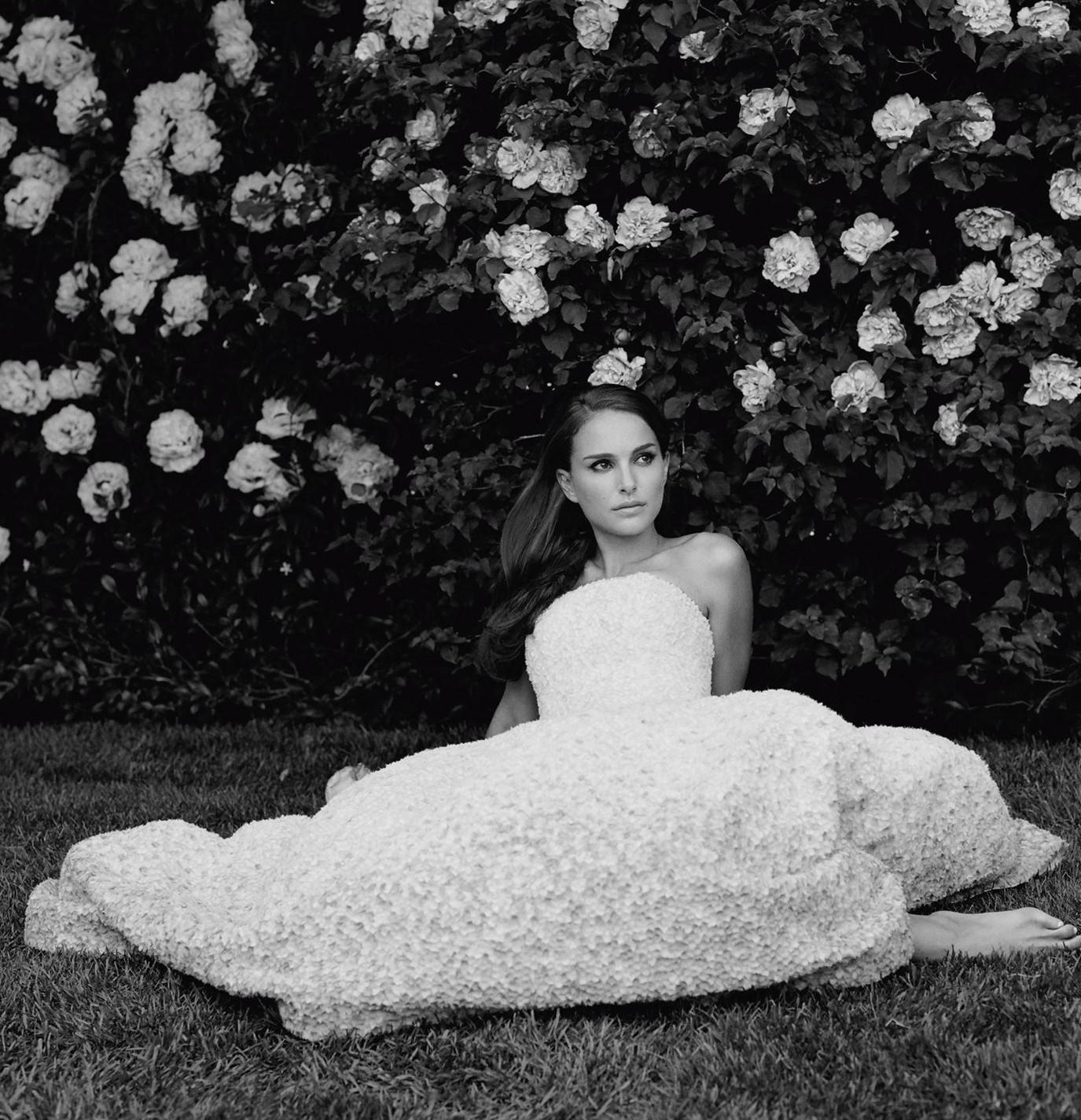 Natalie-Portman---Miss-Dior-Perfume-2013