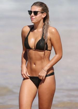 Natasha Oakley Bikini Photos: 2014 Sydney -02