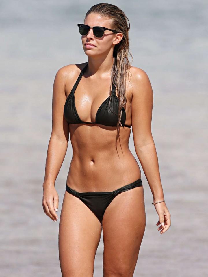 Natasha Oakley Bikini Photos: 2014 Sydney -11