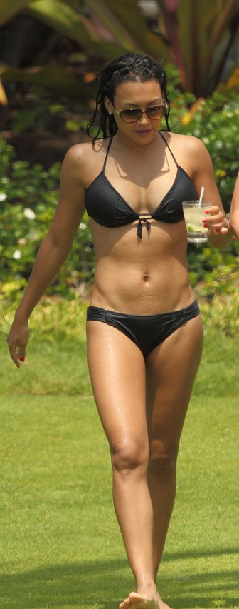 Naya Rivera – Bikini at the beach in Hawaii-02