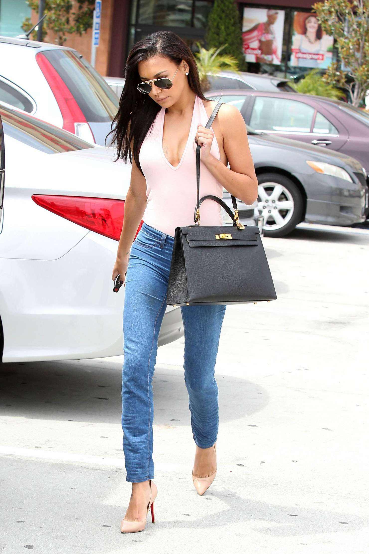 Naya Rivera 2014 : Naya Rivera in jeans -24