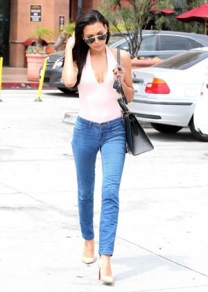 Naya Rivera in jeans -26