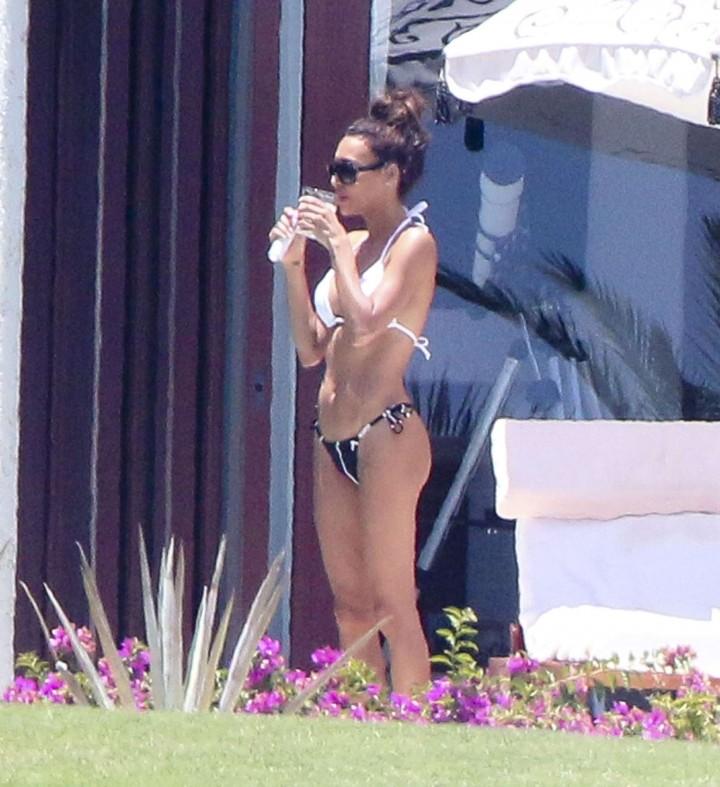 Naya Rivera bikini in Cabo -18