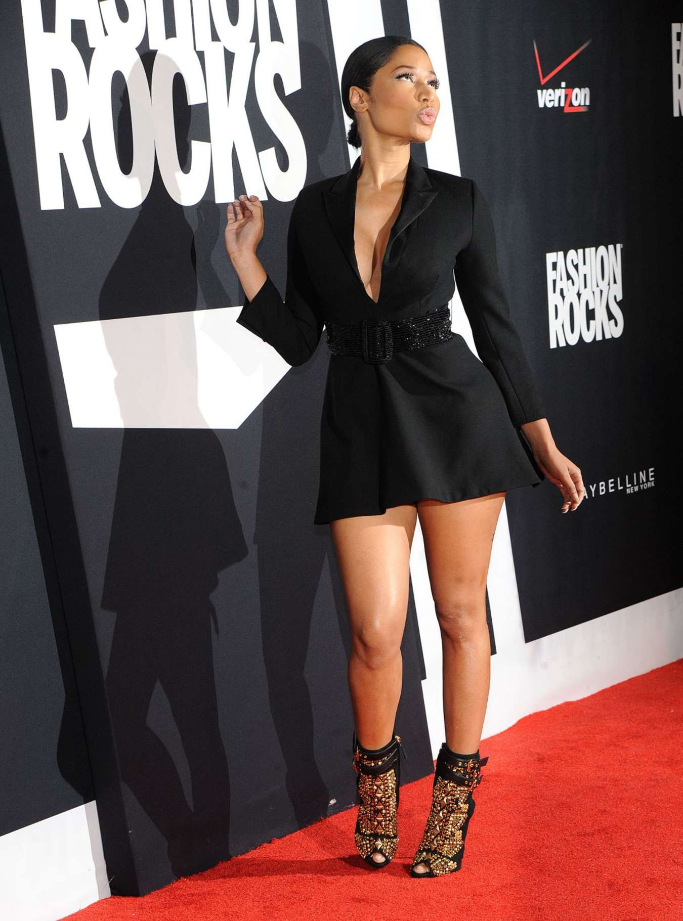 Nicki Minaj Red Carpet At 2014 Fashion Rocks In Ny 23