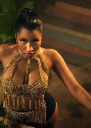Nicki Minaj: Anaconda Music Video and Screencaps-26