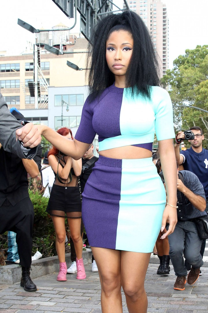 Nicki Minaj – Arriving at the Alexander Wang Fashion Show in NYC
