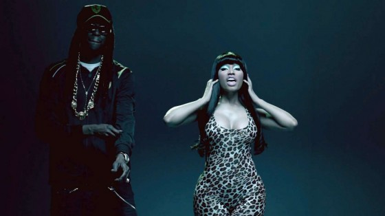 Nicki Minaj – Beez in the Trap-06