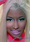 Nicki Minaj - Beez in the Trap-10