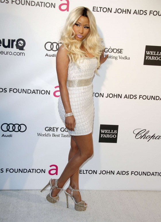 Nicki Minaj – 2013 Elton John AIDS Foundation Academy Awards Party -01