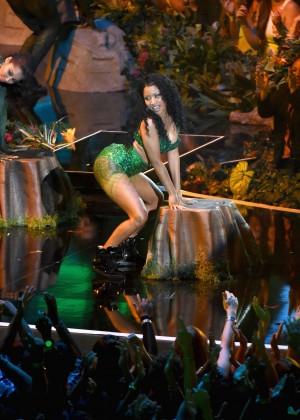 Nicki Minaj - Performs at 2014 MTV Video Music Awards in Inglewood