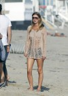 nicky-hilton-beach-candids-in-malibu-08