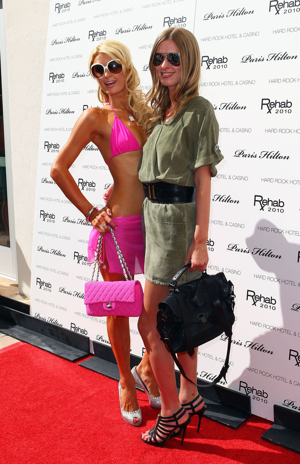 Nicky Hilton 2010 : nicky-hilton-leggy-candids-at-the-ultimate-daytime-pool-party-in-las-vegas-01
