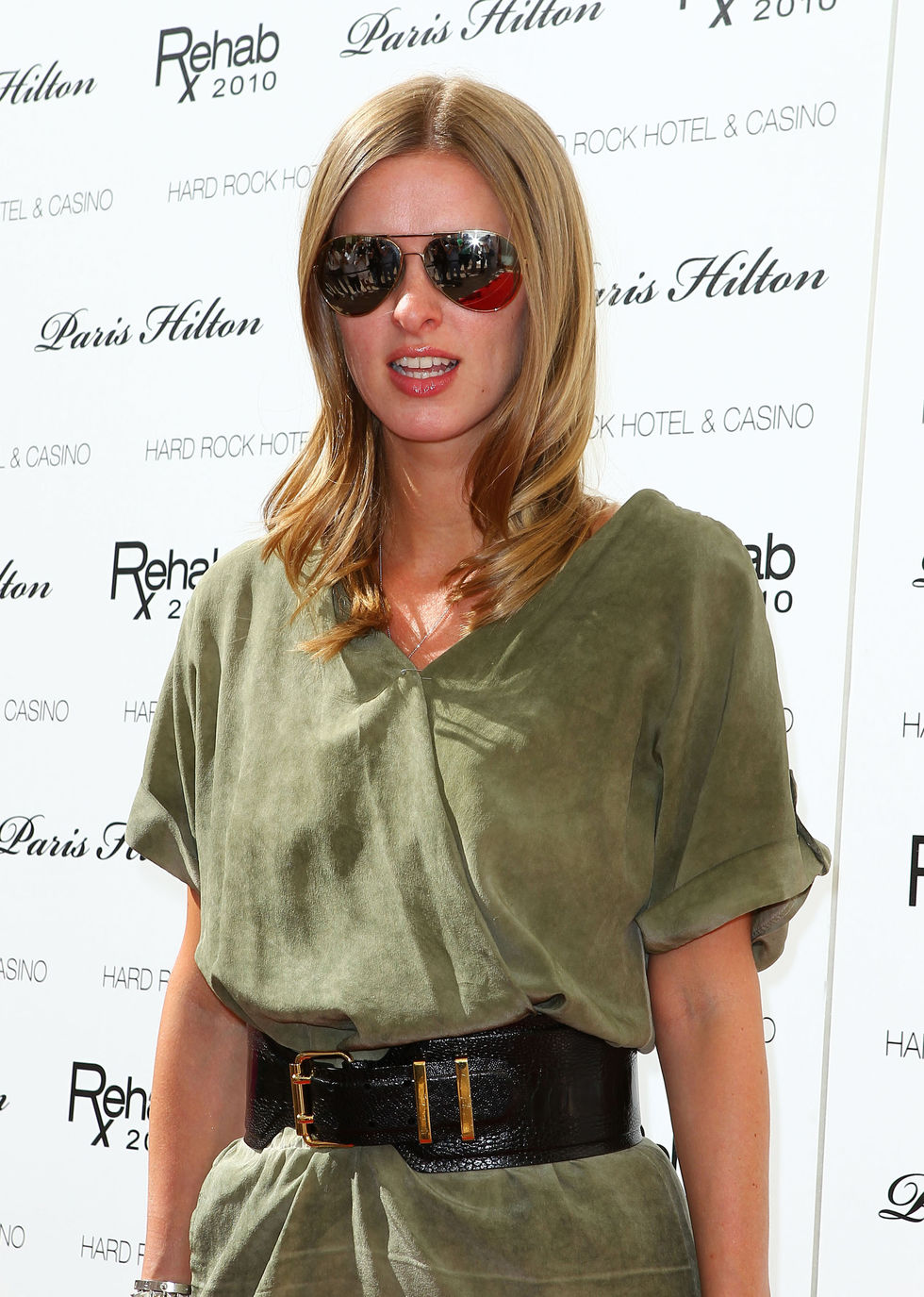 Nicky Hilton 2010 : nicky-hilton-leggy-candids-at-the-ultimate-daytime-pool-party-in-las-vegas-04