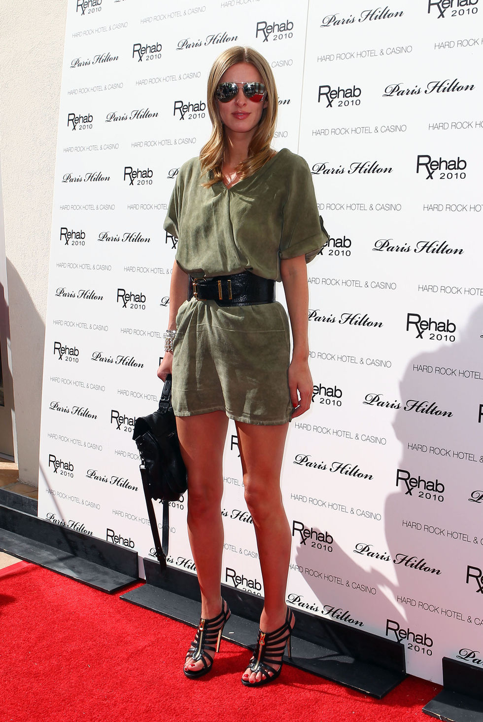 Nicky Hilton 2010 : nicky-hilton-leggy-candids-at-the-ultimate-daytime-pool-party-in-las-vegas-08