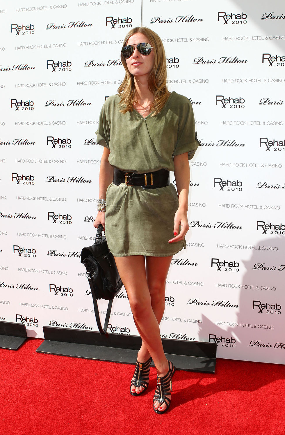 Nicky Hilton 2010 : nicky-hilton-leggy-candids-at-the-ultimate-daytime-pool-party-in-las-vegas-09