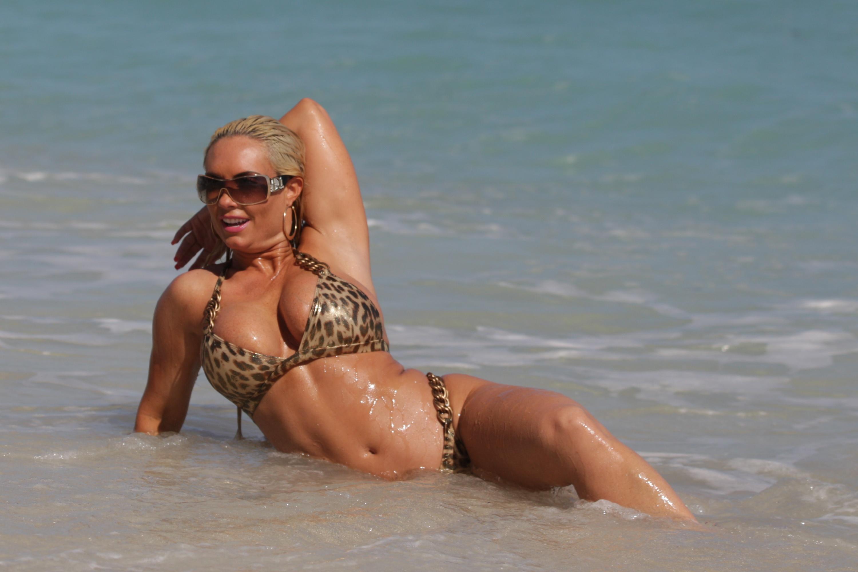 Celebrites Nicole ?Coco Austin nudes (87 photos), Tits, Bikini, Selfie, swimsuit 2015