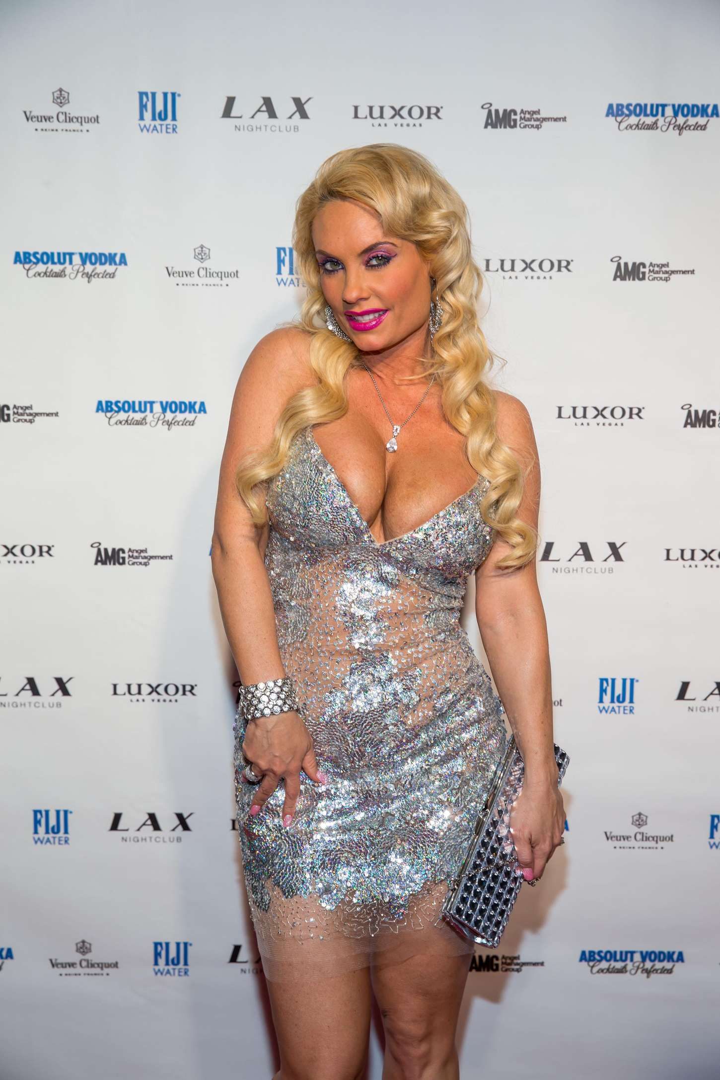 nicole coco austin new years eve party at lax nightclub 11 Full Size