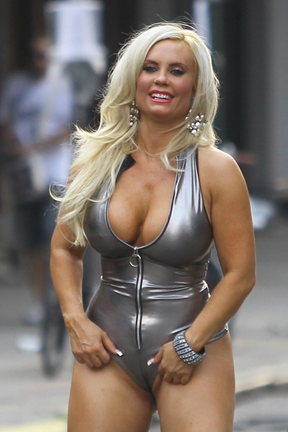 Back to post Nicole Coco Austin – on set of a photoshoot in New York