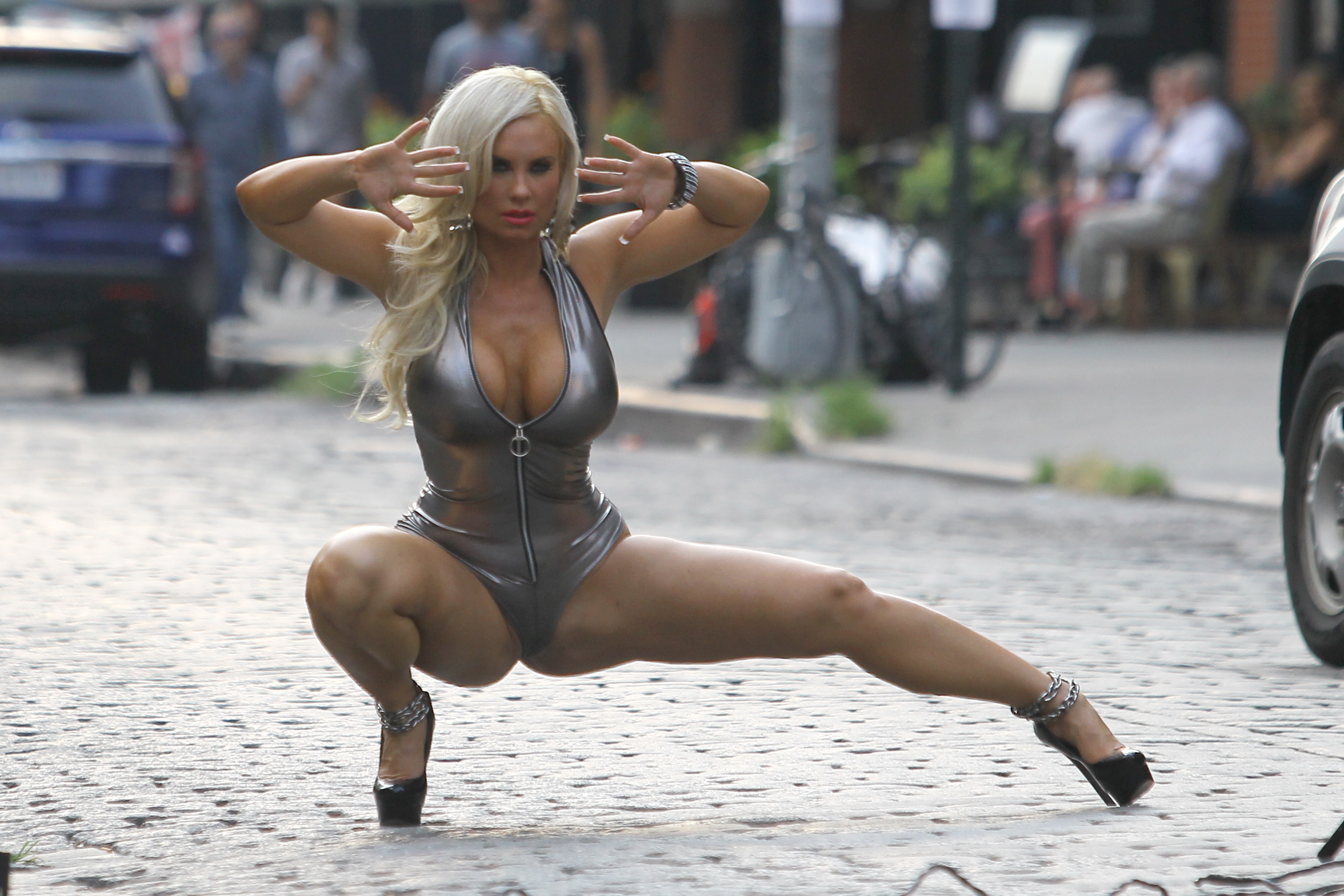 Nicole Coco Austin – on set of a photoshoot in New York - Full Size ...