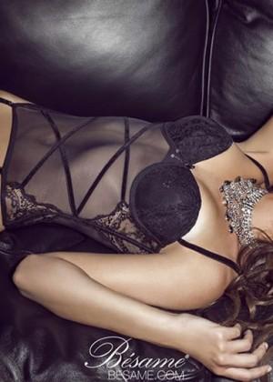 Nicole Meyer: Hot 20 Photos -05