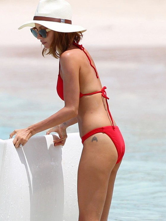 Nicole Richie in Bikini at the beach in St Barts -09