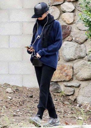 Nicole Richie in Sweats - Hiking in Hollywood