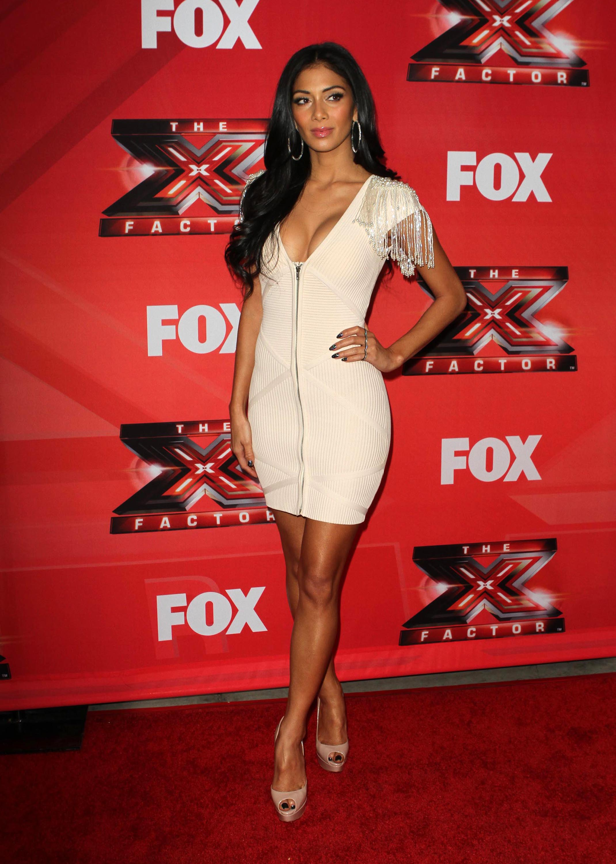 Nicole Scherzinger – Cleavy and leggy at X Factor Press Conference in LA-05