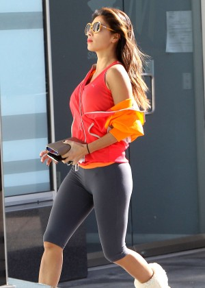 Nicole Scherzinger in Leggings running to a SoulCycle Class in West Hollywood