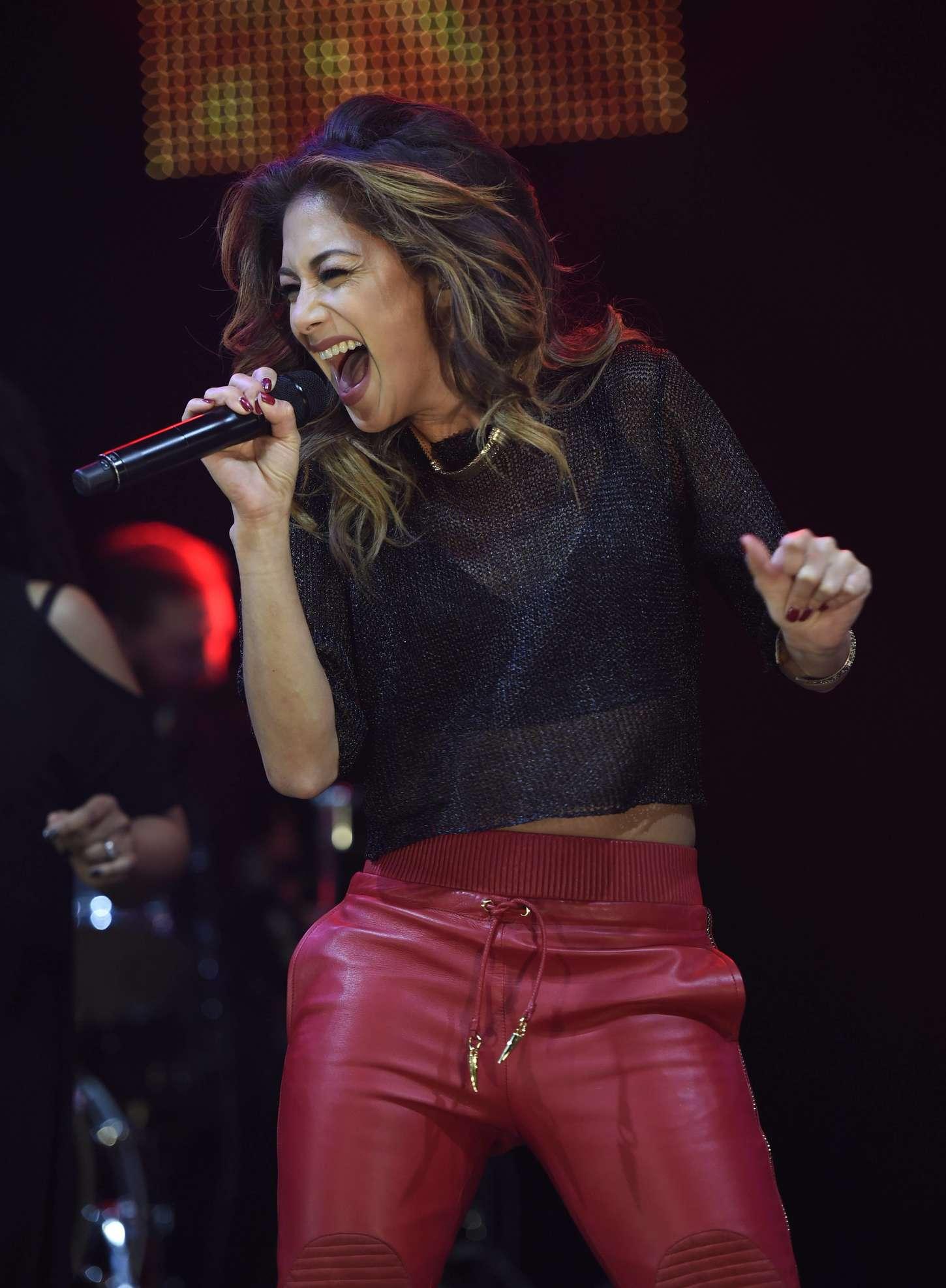 Nicole Scherzinger 2014 : Nicole Scherzinger: Key 103 Christmas Live -01