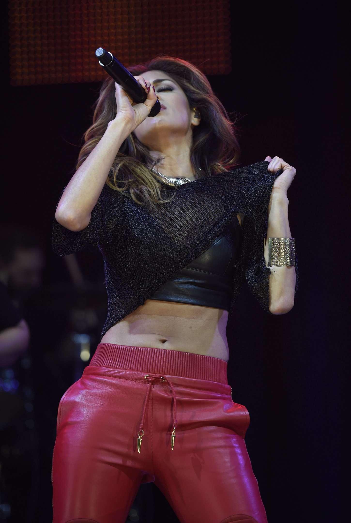 Nicole Scherzinger 2014 : Nicole Scherzinger: Key 103 Christmas Live -09