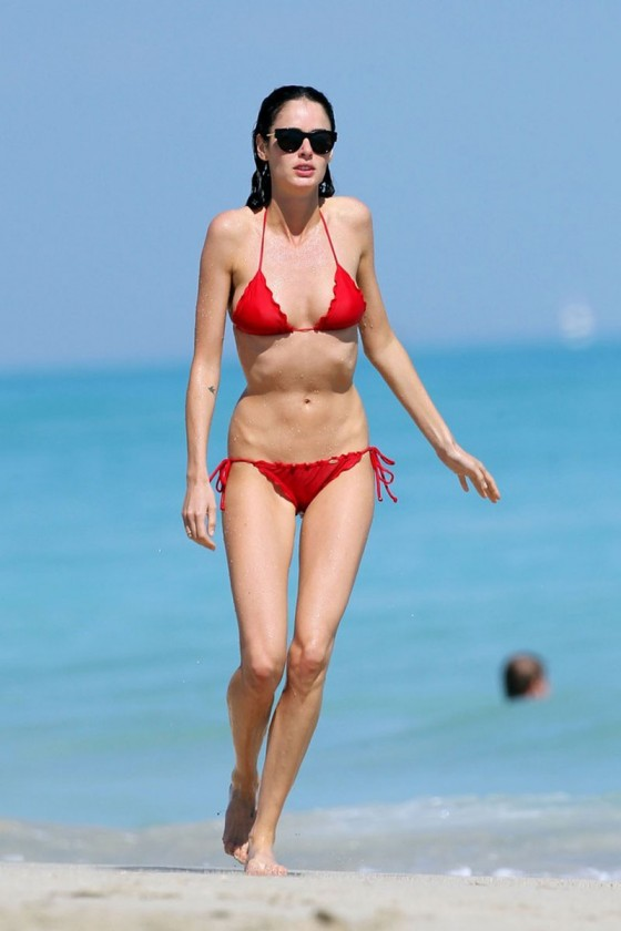 Nicole Trunfio – Bikini in Miami-10