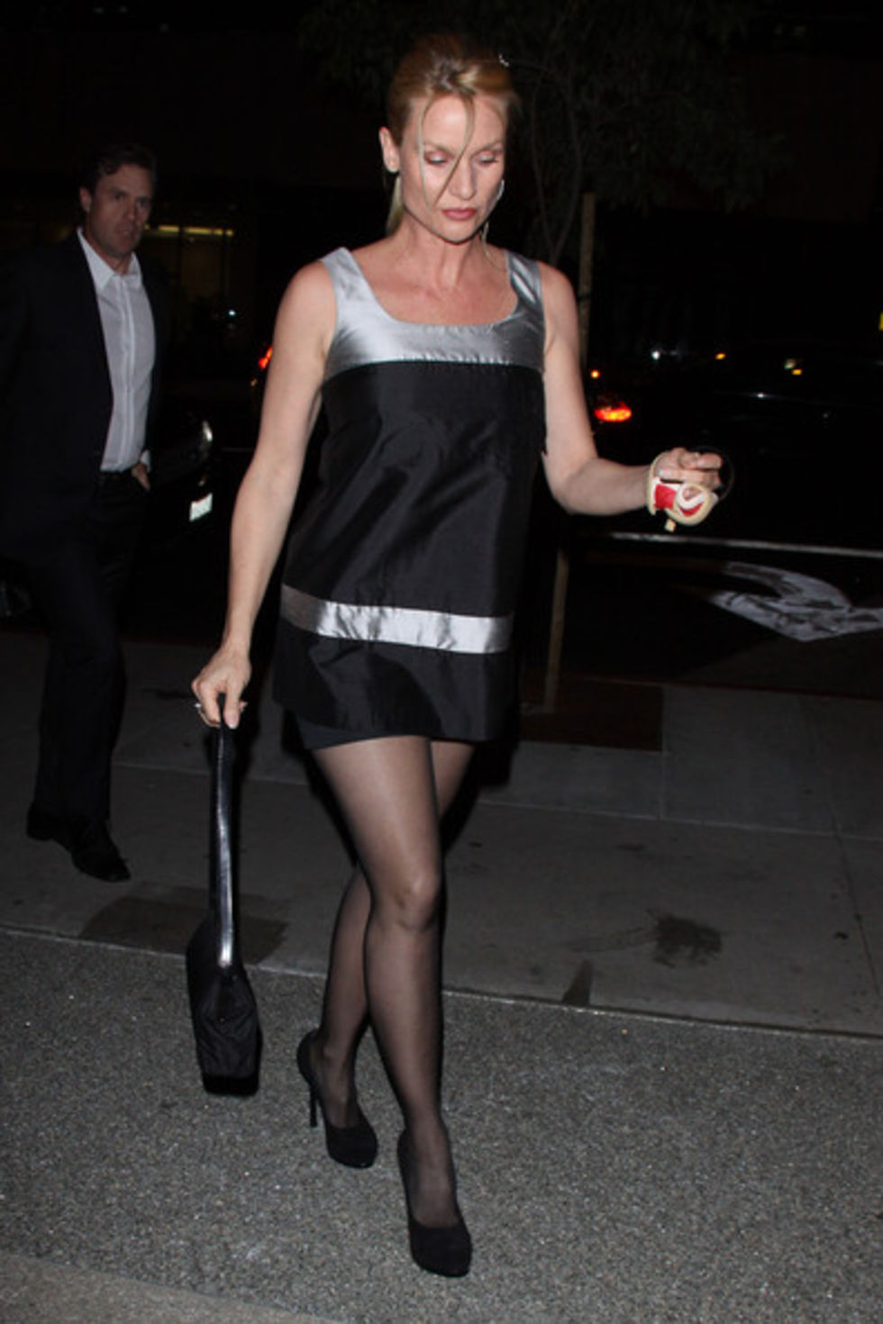 Black dress hollywood - Nicollette Sheridan In Black Dress At Boa Steakhouse In Hollywood 07 Full Size