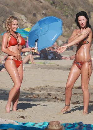 Nikki Lund in Bikini Photoshoot in Malibu Pic 2 of 35