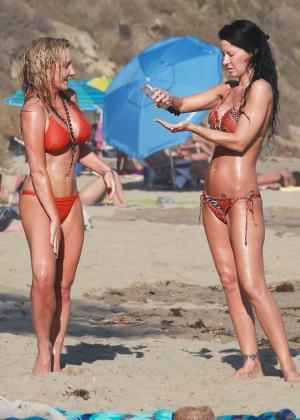 Nikki Lund in Bikini Photoshoot in Malibu Pic 18 of 35