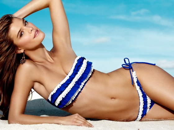 Nina Agdal – Penti Swimwear 2013-05