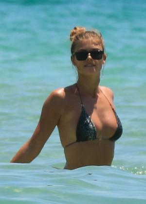 Nina Agdal Bikini: Miami 2014 -27