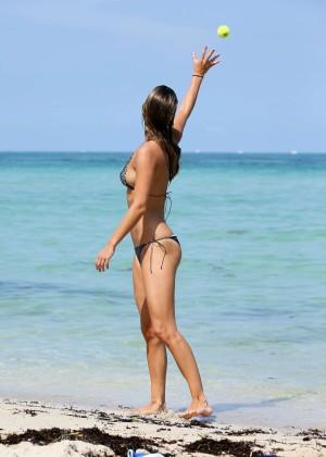 Nina Agdal Bikini: Miami 2014 -29