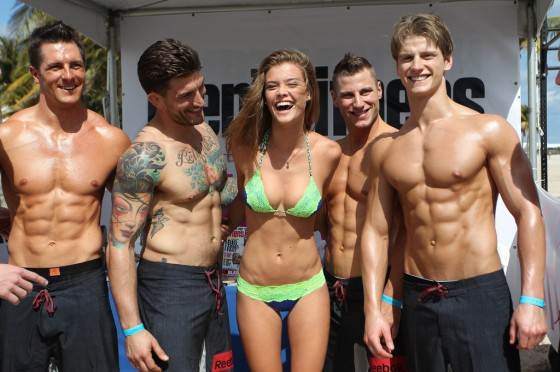 Nina Agdal at Beach Volleyball event 2013 in Miami Beach-08
